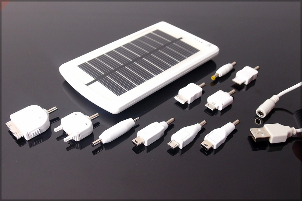Aurinkoenergialaturi SUNEN MP-S3000B,puhelin,tablet 3000mAh,Apple,Samsung,Nokia,iPad,MP3,MP4